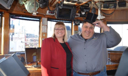 A tip of the Top Hat welcomes first vessel of 2017 to the Port of Hamilton