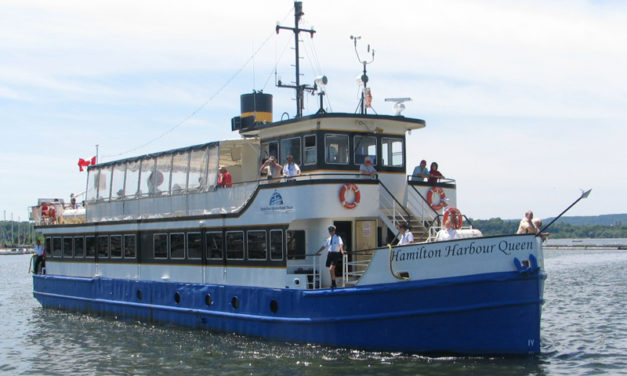Free Sail on the Harbour Queen