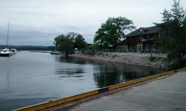 Walkabout – The Hamilton Waterfront